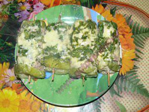 Канапе с сыром на шпажках для детей